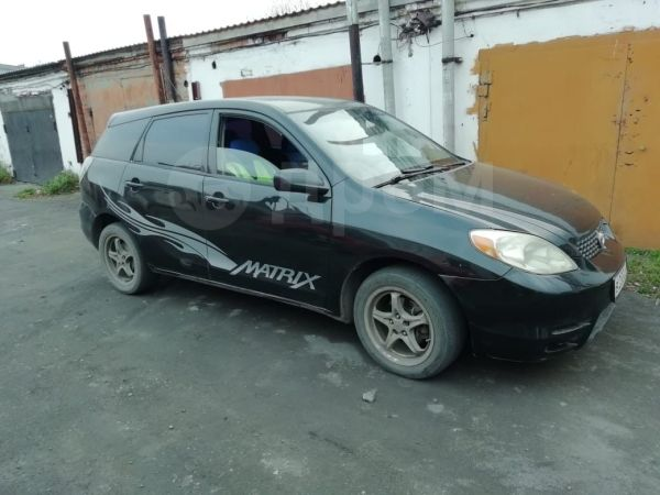Toyota Matrix, 2002 год, 350 000 руб.