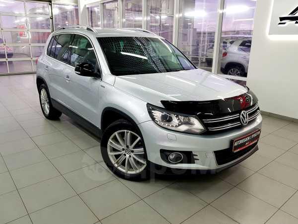 Volkswagen Tiguan, 2013 год, 947 000 руб.