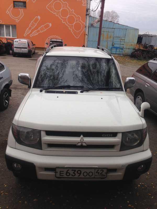 Mitsubishi Pajero iO, 1999 год, 220 000 руб.