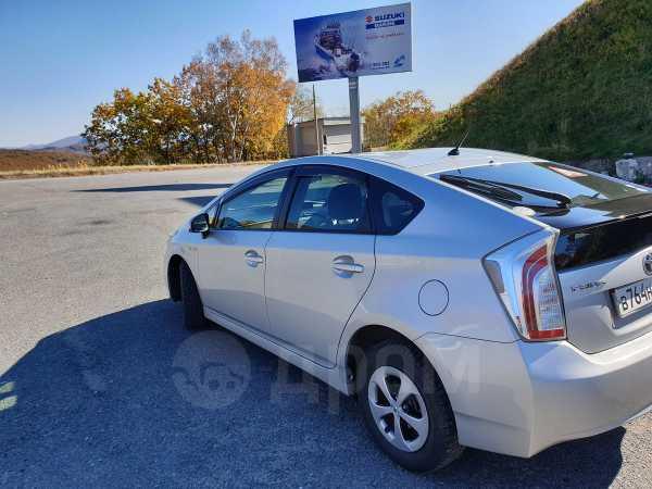 Toyota Prius, 2012 год, 799 999 руб.