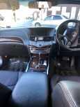 Nissan Fuga, 2011 год, 1 000 000 руб.