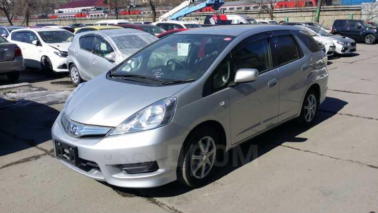 Honda Fit Shuttle, 2012 год, 675 000 руб.