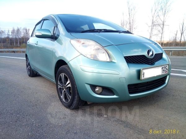 Toyota Vitz, 2010 год, 365 000 руб.