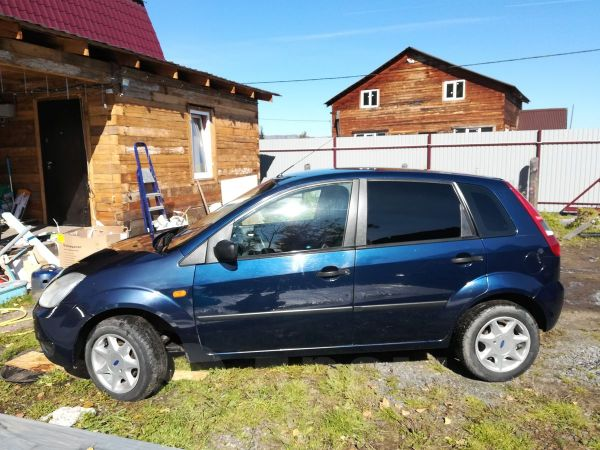 Ford Fiesta, 2004 год, 200 000 руб.