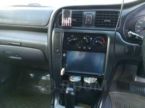 Subaru Legacy, 2000 год, 330 000 руб.