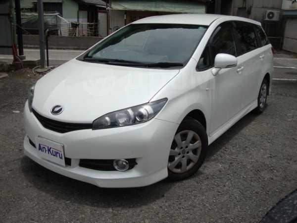 Toyota Wish, 2011 год, 730 000 руб.