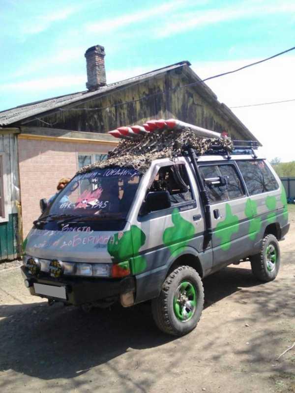 Nissan Largo, 1991 год, 175 000 руб.