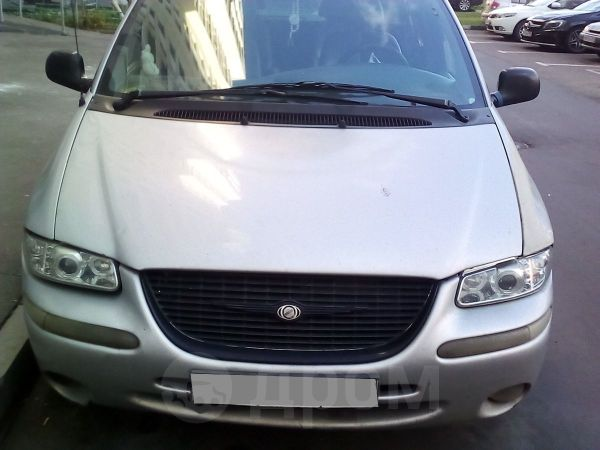 Chrysler Town&Country, 2000 год, 130 000 руб.