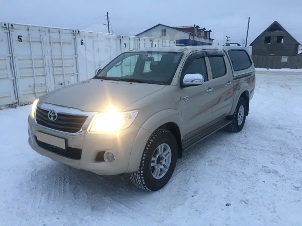 Toyota Hilux Surf, 2012 год, 1 600 000 руб.