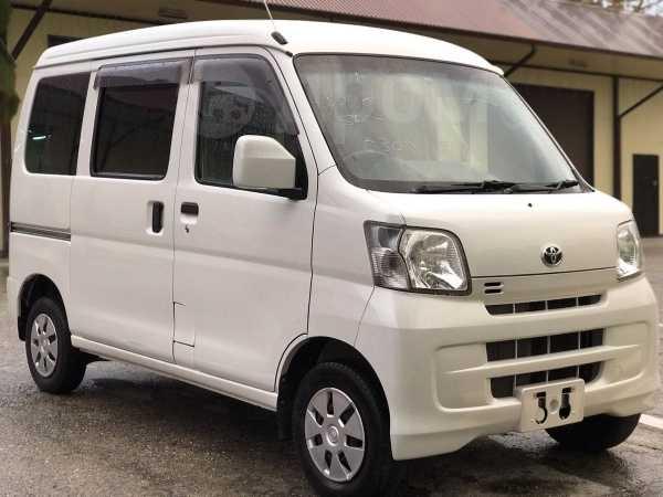 Toyota Pixis Van, 2014 год, 495 000 руб.