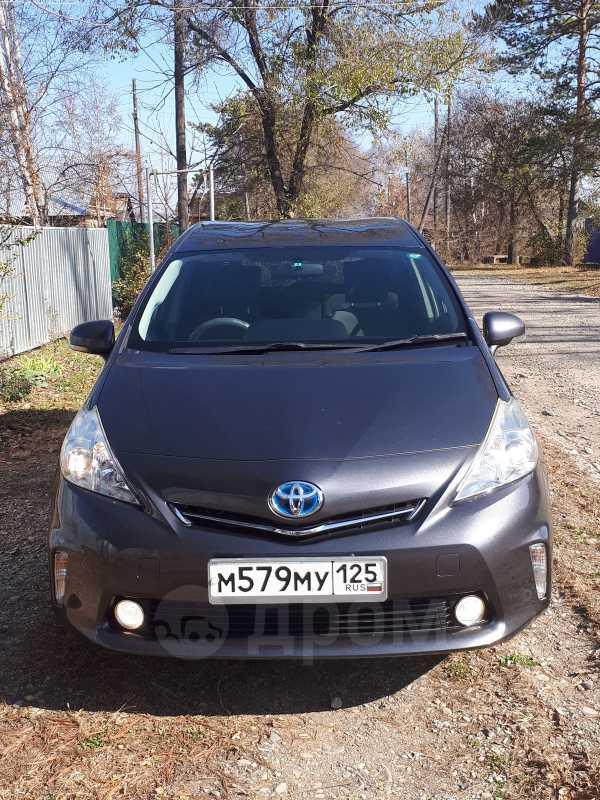 Toyota Prius a, 2012 год, 815 000 руб.