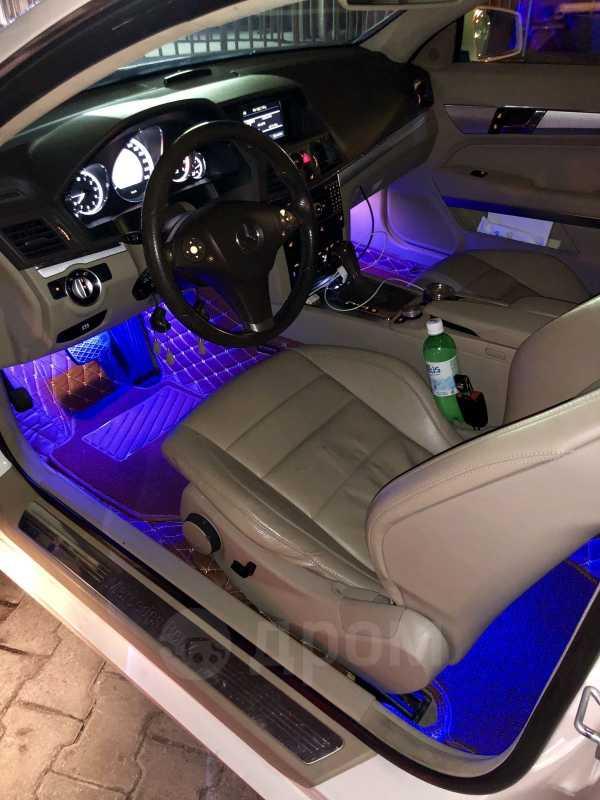 Mercedes-Benz E-Class, 2010 год, 900 000 руб.