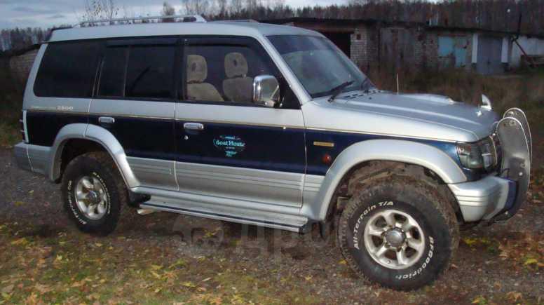 Mitsubishi Pajero, 1995 год, 365 000 руб.