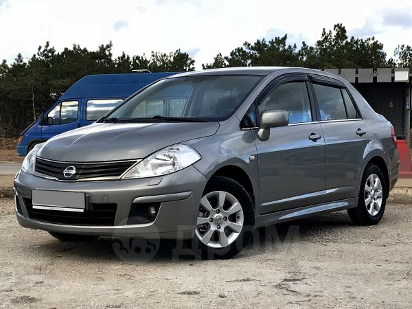 Nissan Tiida, 2011 год, 515 000 руб.