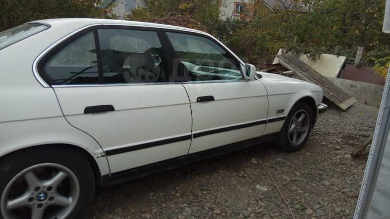 BMW 5-Series, 1989 год, 135 000 руб.