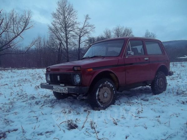 Лада 4x4 2121 Нива, 1985 год, 180 000 руб.