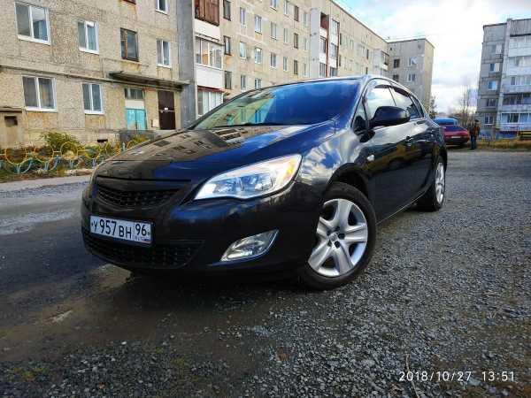 Opel Astra, 2012 год, 514 000 руб.