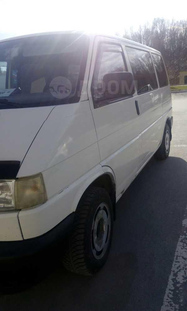 Volkswagen Transporter, 2001 год, 330 000 руб.