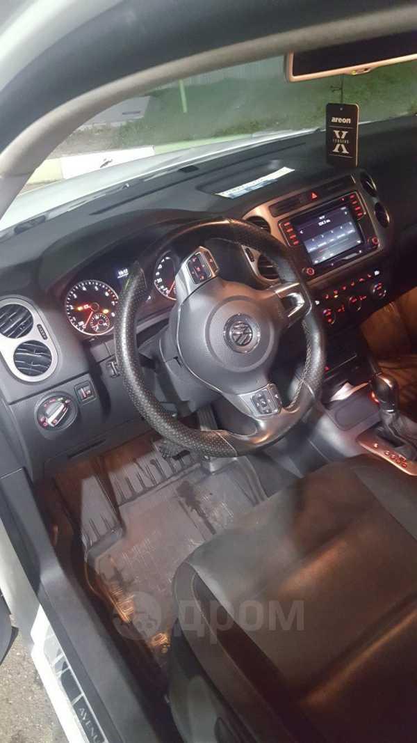Volkswagen Tiguan, 2016 год, 950 000 руб.
