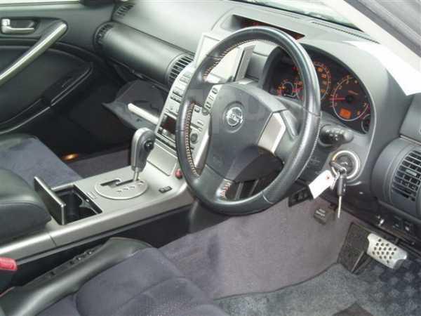 Nissan Skyline, 2001 год, 490 000 руб.