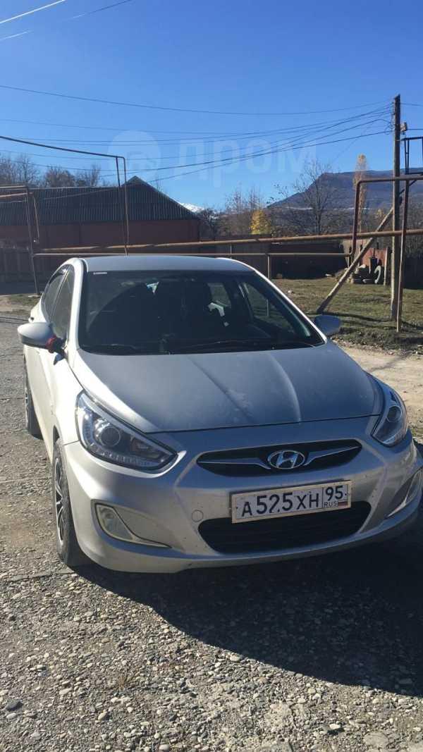 Hyundai Solaris, 2014 год, 555 000 руб.