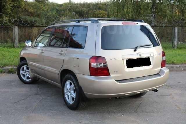 Toyota Highlander, 2005 год, 760 000 руб.