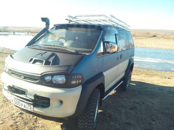 Mitsubishi Delica, 1998 год, 650 000 руб.