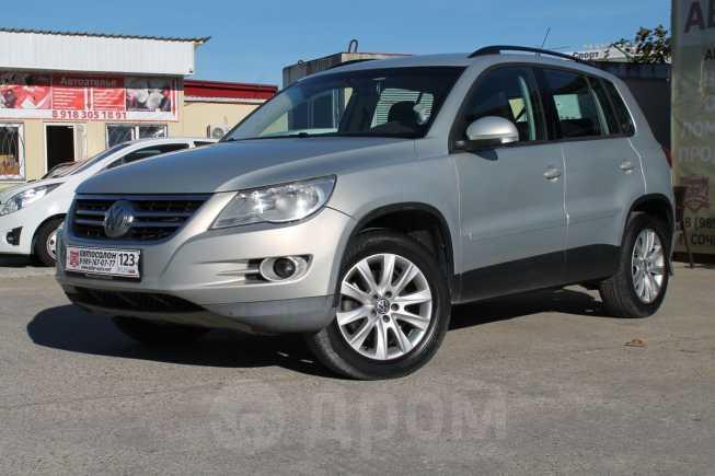 Volkswagen Tiguan, 2009 год, 575 000 руб.