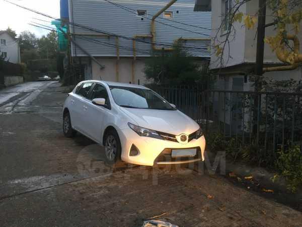 Toyota Auris, 2013 год, 880 000 руб.