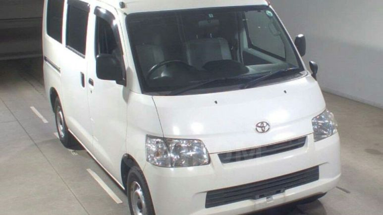 Toyota Town Ace, 2012 год, 705 000 руб.