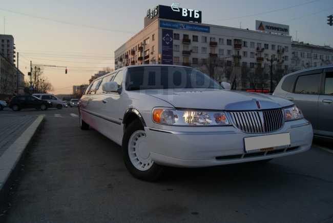 Lincoln Town Car, 1999 год, 840 000 руб.