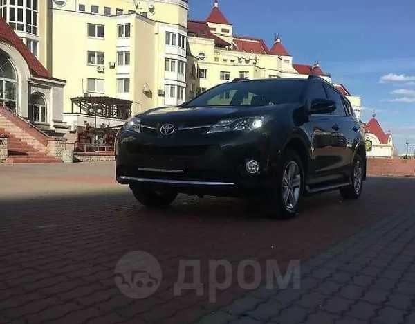 Toyota RAV4, 2015 год, 1 050 000 руб.