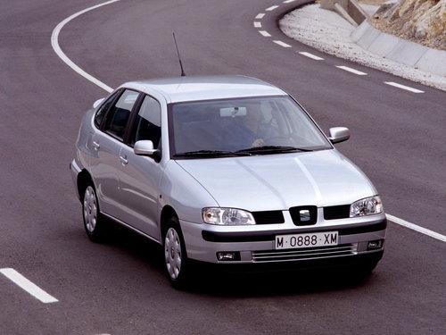 SEAT Cordoba 1999 - 2002