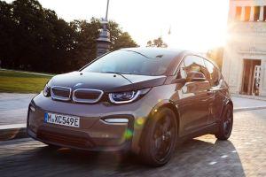BMW i3 с улучшенными аккумуляторами будет стоить от 3,84 млн рублей