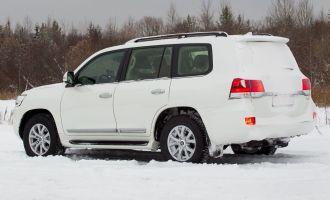 Власти Якутска выставили на продажу четыре японских внедорожника