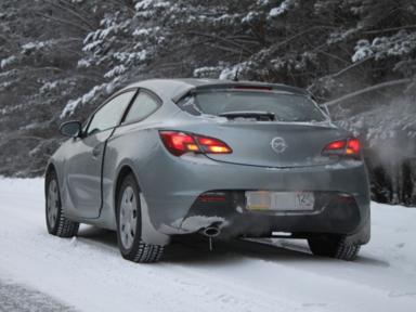Opel Astra GTC, 2012