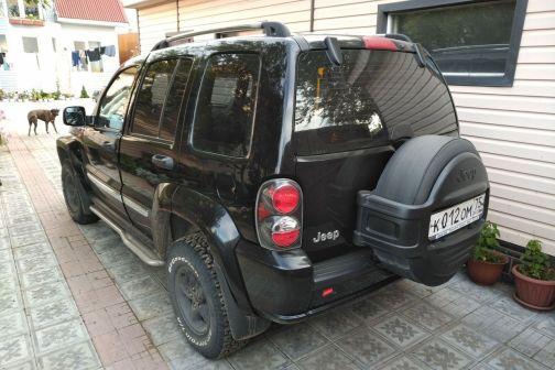 Jeep Cherokee 2006 - отзыв владельца