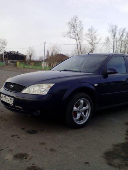 Ford Mondeo 2001 - отзыв владельца