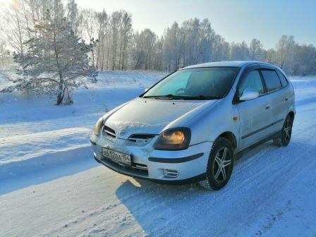 Nissan Tino 2000 - отзыв владельца