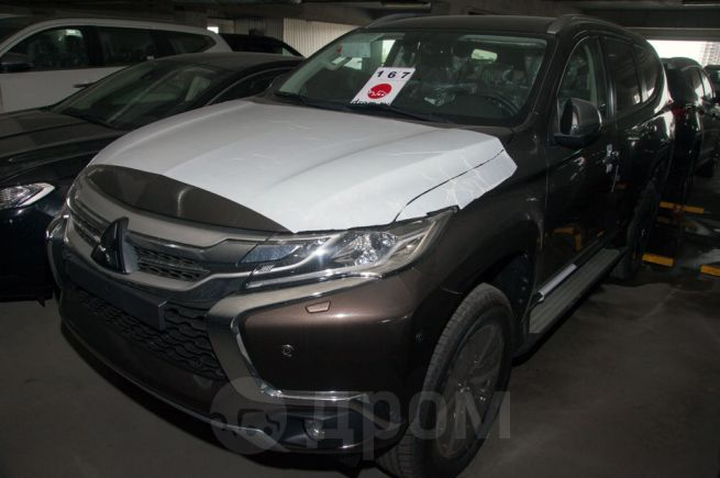 Mitsubishi Pajero Sport, 2018 год, 2 618 000 руб.