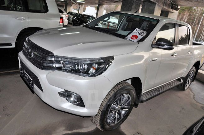 Toyota Hilux Pick Up, 2018 год, 2 827 000 руб.
