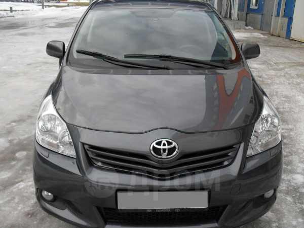 Toyota Verso, 2010 год, 680 000 руб.