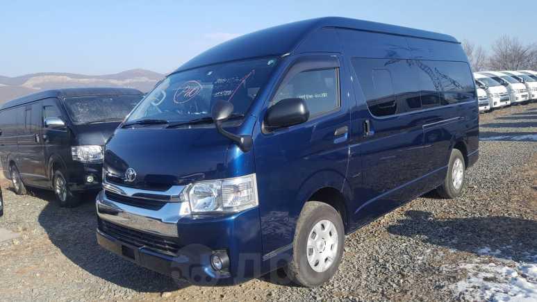 Toyota Hiace, 2015 год, 2 350 000 руб.