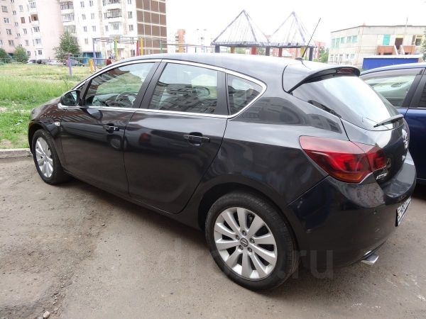 Opel Astra, 2011 год, 499 999 руб.