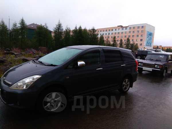 Toyota Wish, 2005 год, 400 000 руб.