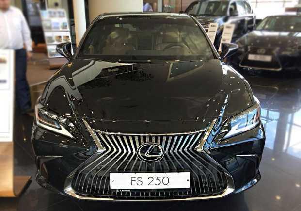 Lexus ES250, 2018 год, 3 075 000 руб.