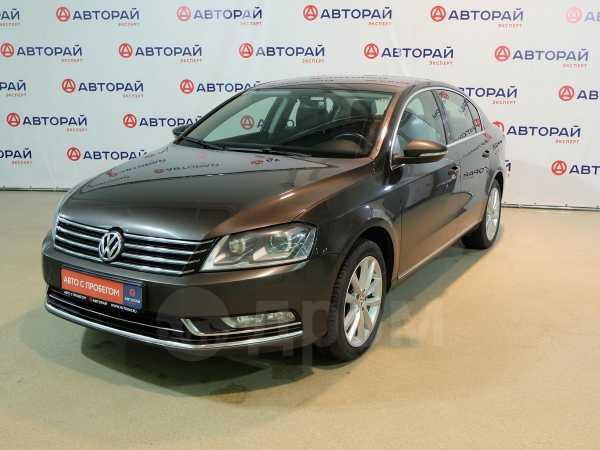 Volkswagen Passat, 2014 год, 879 000 руб.