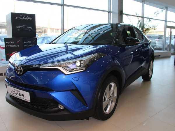 Toyota C-HR, 2018 год, 2 327 814 руб.