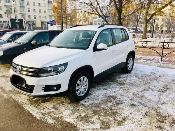Volkswagen Tiguan, 2013 год, 780 000 руб.