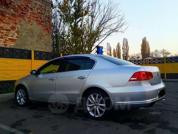 Volkswagen Passat, 2012 год, 827 000 руб.